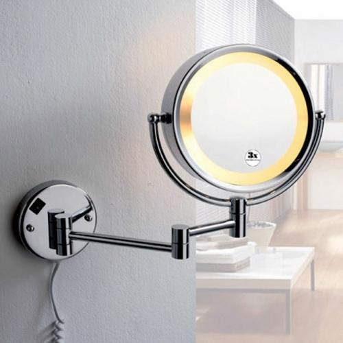 Увеличително огледало с осветление