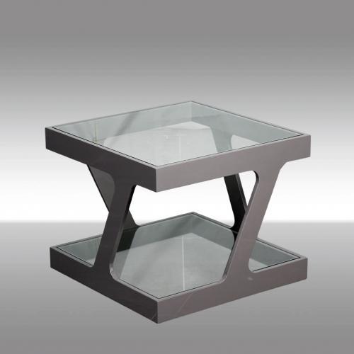 Холна маса в сив лак