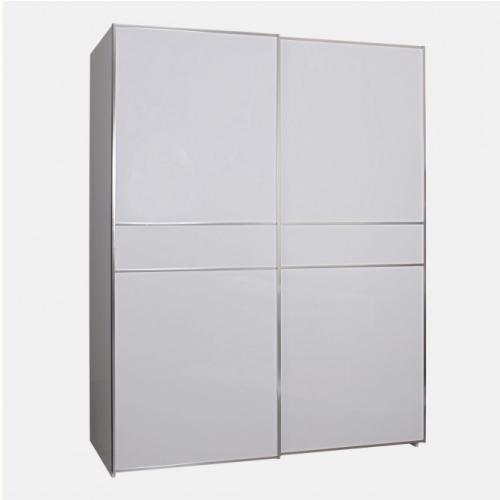 Гардероб с плъзгащи врати в бял цвят
