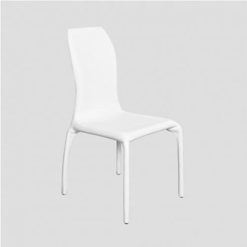 Трапезарен стол с кожена дамаска