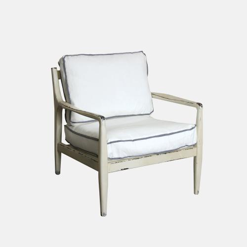 Винтидж кресло в бял цвят