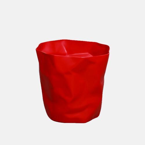 Креативно кошче за боклук в червен цвят