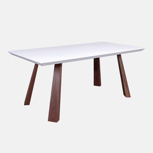 Трапезарна маса с бял матиран плот