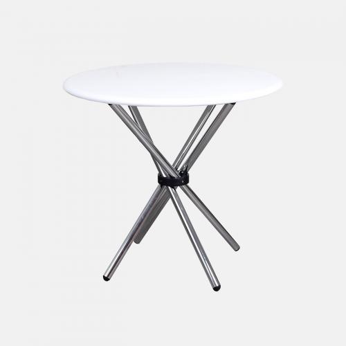 Трапезарна маса с преплетени крака