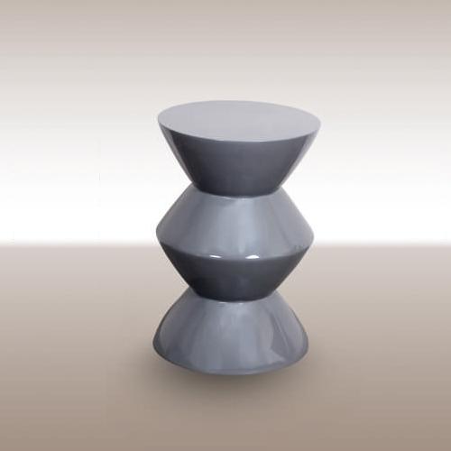 Холна маса в модерен стил със сив лак