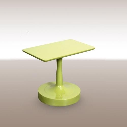 Холна маса със зелен лак