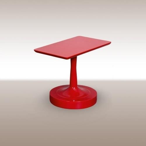 Холна маса с червен лак