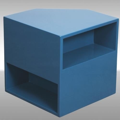 Помощна масичка тип куб