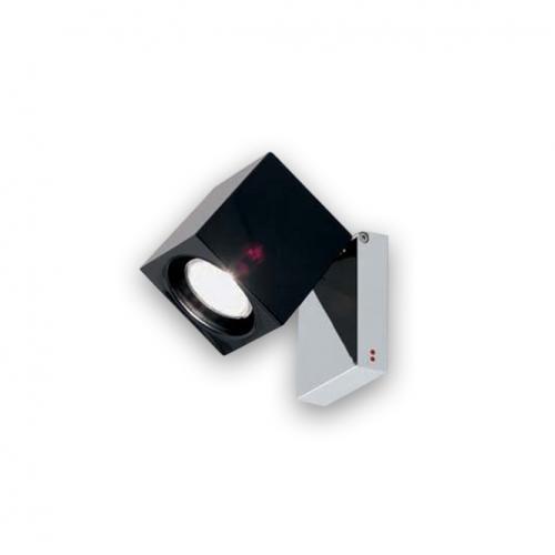 Аплик в модерен стил - модел куб