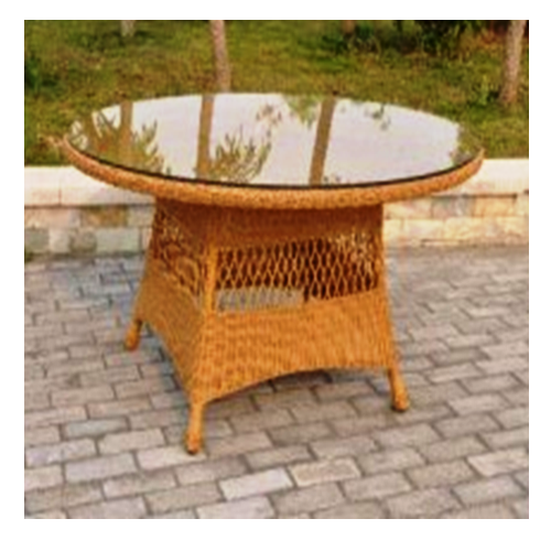 Градинска трапезарна маса със стъклен плот