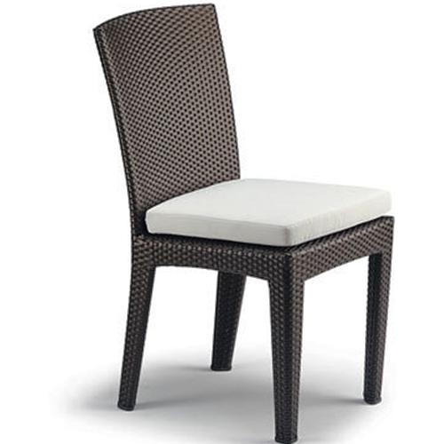 Трапезарен стол от ратан, цвят венге