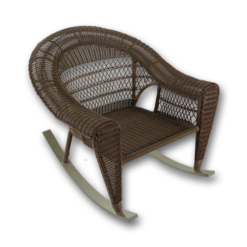 Люлеещ се стол от натурален ратан.