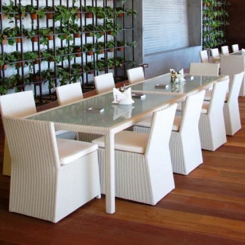 Трапезарен ратанов стол
