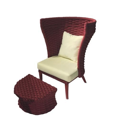 Кресло в червен цвят