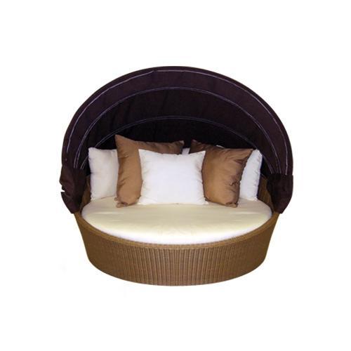 Дневно градинско легло в цвят венге.