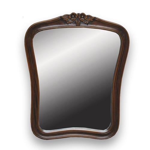 Огледало с дървена рамка в цвят орех.