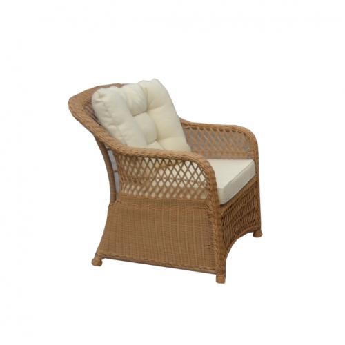 Кресло в натурален цвят