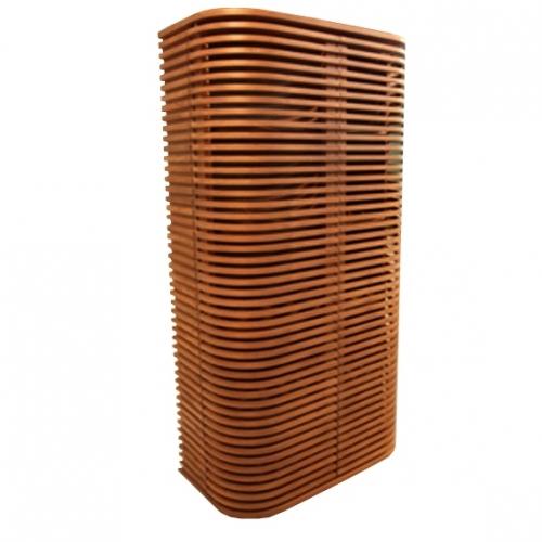 Висок дървен шкаф