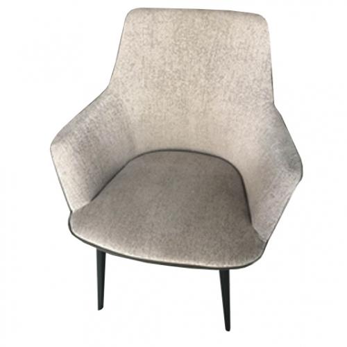 Трапезарен стол с кожен гръб