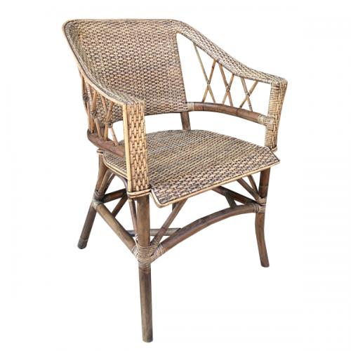 Градински трапезарен стол от ратан с подлакътници